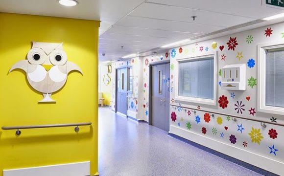 Diez hospitales crean la primera red para tratar a niños con enfermedades reumáticas